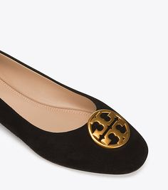 Visit Tory Burch to shop for Chelsea Ballet Flat and more Womens Shoes. Find designer shoes, handbags, clothing & more of this season's latest styles from designer Tory Burch.