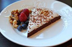 Oppskrift: Saftig, mørk og god sjokoladekake