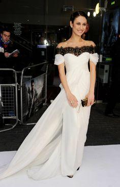 Olga Kurylenko wore Pre-Fall 2013 Marchesa to the Oblivion premiere in London. @Marchesa