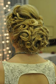 :) Hair Art, Bridal Hair, Crochet Necklace, Fashion, Moda, Crochet Collar, Fashion Styles, Fashion Illustrations, Wedding Hairs