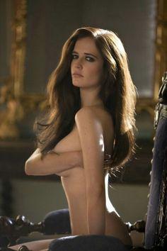 Nude Kassandra carrington