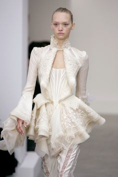 #Balenciaga, Ready-to-Wear Spring 2006. Model: Gemma Ward. Photo: ImaxTree.