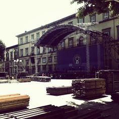 Lucca's preparing for Summer Festival!