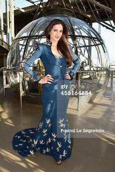 #shilpareddystudio #fashion #malkha #indian #parisian #eiffeltower #fashionshow #jessicaminhanh #autumn/winter #dress #paris #shilpareddy #powershoulders #embroidery