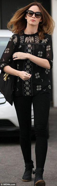 Emily Blunt leaves daughter Hazel at home for trip to celebrity salon | Daily Mail Online