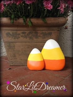 Hey, I found this really awesome Etsy listing at https://www.etsy.com/listing/208168311/candy-corn-painted-river-rock