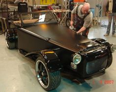 """2CV conversion designed by """"Mental Theo"""""""