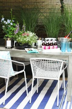 How to Style an Outdoor Space #theeverygirl