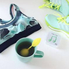 Refresh after your morning run in Concrete Flora with tea. ✖️www.jogha.com✖️ #joghacom #jogha #fitness #fashion