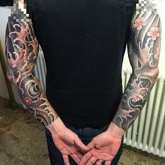 i like horimono. - Water Sakura Sleeve done #alexwegner...