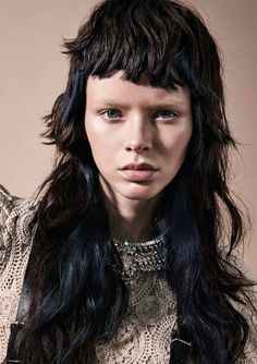 Collezione Trend Report 2020 - forme, texture e trend Modern Mullet, Toni And Guy, Mullets, Fashion Gallery, Color Pop, Colour, Color Trends, Guys, Lady