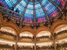 53 cosas que ver y hacer en París – Las Rutas de Isa Louvre, Building, Travel, Pont Des Arts, The Neighborhood, Tour Eiffel, Paths, Palaces, Towers