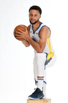 Best Nba Players, Golden State Warriors Pictures, Warriors Game, Nba Champions, Stephen Curry, One Team, Sports, Bae, Photos