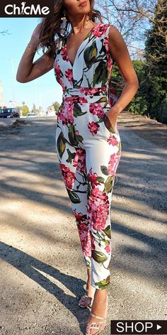 Shop Jumpsuits Floral Print Deep V Neck Slinky JumpsuitSolid Cut Out Spaghetti Strap Wide Leg Capri JumpsuitShop Jumpsuits Short Sleeve Casual Jumpsuit With BeltBoutiquefeel - Shape Your Wardrobe / Women's Fashion OnlineShop Mesh Insert Open Back Sli Jumpsuit Outfit, Floral Jumpsuit, Capri Jumpsuit, Ladies Jumpsuit, Elegant Jumpsuit, Jumpsuit Style, Bridal Jumpsuit, Casual Jumpsuit, Trend Fashion