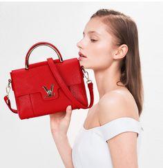 Designer bags V Women's Luxury Leather Clutch Bag Ladies Handbags Brand Women Messenger Bags Sac A Main Femme handle , https://kitmybag.com/fake-designer-bags-v-womens-luxury-leather-clutch-bag-ladies-handbags-brand-women-messenger-bags-sac-a-main-femme-handle/ ,  Check more at https://kitmybag.com/fake-designer-bags-v-womens-luxury-leather-clutch-bag-ladies-handbags-brand-women-messenger-bags-sac-a-main-femme-handle/