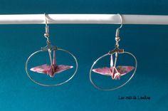 Boucles d'oreilles grue rose origami : Boucles d'oreille par les-crea-de-louline