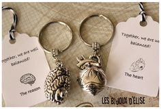 Brain and Heart Keychains Best Friends Keychain by LesBijouxdElise Brain And Heart, Accesorios Casual, Med Student, Greys Anatomy, Gift Tags, Cool Stuff, Stuff To Buy, Jewerly, Kpop
