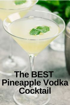 This Vodka Drink tops them all - the Pineapple Vodka Cocktail is bursting with f. This Vodka Drink tops them all - the Pineapple Vodka Cocktail is bursting with flavor! A little sweet with a little heat. Easy Lemon Drop Martini Recipe, Pineapple Martini Recipes, Alcoholic Drinks With Pineapple Juice, Pineapple Cocktail, Vodka And Pineapple Juice, Vodka Lime, Lime Juice, Sweet Vodka Drinks, Flavored Vodka Drinks