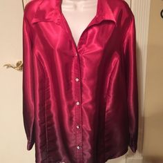Ombré blouse This beauty fades from red to deep burgundy with diamond like buttons ❤️❤️❤️❤️ like new condition Notations Tops Blouses