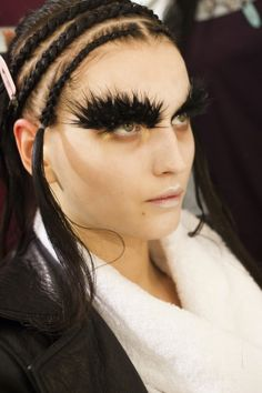 Backstage beauty: Alexander McQueen Fall/Winter 2014-2015 :: Make-up by Pat McGrath and Hair by Guido Palau