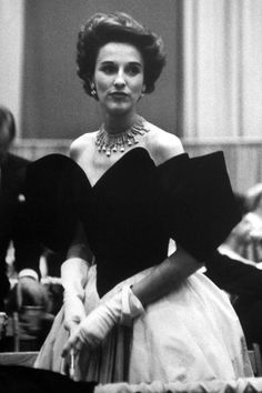 Female Style Icons In the Fashion Industry - Powerful Female Style ...