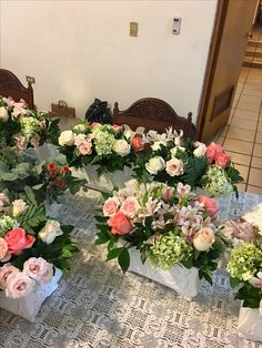 #centrosdemesa #arreglos #arreglosflorales #vintagedecor #vintagestyle #floresnaturales #flores #bases #decoraciondeboda