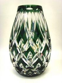 Salle des ventes ABC : CRISTAL VAL ST LAMBERT Vase en cristal taillé et doublé vert, belle qualité et épaisseur du cristal, hauteur 20,5 cm