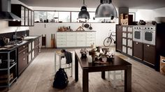 Lovely Kitchen Design For Your Busy Day : Dark Oak Wood And Glass Finish For Atelier Kitchen Industrial Pendants Scavolini Kitchens, Kitchen Carcasses, Modern Kitchen Cabinets, Design Consultant, Beautiful Kitchens, Home Interior Design, Home Kitchens, Kitchen Design, Living Spaces