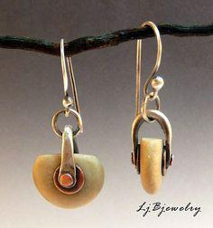 Earrings Handmade Laura Jane Bouton - Handmade jewelry with an organic warm earthy style Metal Jewelry, Boho Jewelry, Jewelry Art, Diamond Jewelry, Silver Jewelry, Vintage Jewelry, Jewelry Accessories, Beaded Jewelry, Fine Jewelry