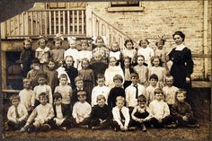 School Class picture with Teacher Militzer - circa 1908 | Home Sweet Home