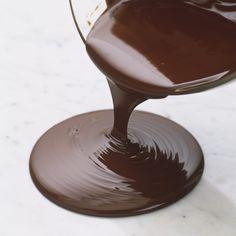 Base de ganache au chocolat par Alain Ducasse