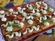 Image 4 Vegetable Pizza, A Table, Biscuits, Cakes, Vegetables, Image, Food, Greedy People, Recipes