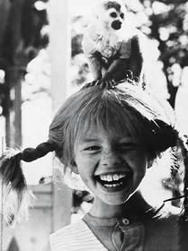 Pippi Longstocking and her monkey Mr. Nilsson - from the books by Astrid Lindgren Pippi Longstocking, Photocollage, Pet Monkey, Women Life, Gods And Goddesses, Smile Face, Vintage Photographs, Portrait, Selfie