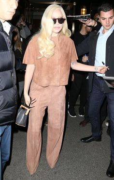 Lady Gaga Photos Photos - Singer Lady Gaga spotted outside her hotel in New York City, New York on December 10, 2015. - Lady Gaga Is Seen Outside Her Hotel in NYC