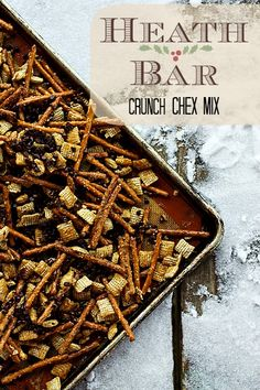Heath Bar Crunch Chex Mix on www.foodiewithfamily.com #christmas #holiday #ediblegifts