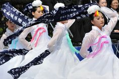 Dancers gave a traditional performance to commemorate fallen soldiers during a ceremony Wednesday. In a speech, South Korean President Lee Myung-bak urged North Korea to learn from recent political reforms in Myanmar and end decades of isolation.