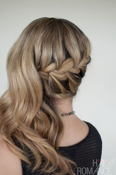 Hair Romance - 30 braids 30 days - 12 - the French braid side ponytail Side Ponytail Hairstyles, Side Braid Ponytail, French Braid Hairstyles, Pretty Hairstyles, Half Braid, Half Updo, Style Hairstyle, Color Fantasia, Hair Romance