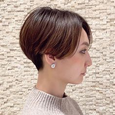 Asian Short Hair, Short Hair Cuts, Short Hair Styles, Short Wedge Hairstyles, Pixie Bob, Hair Beauty, Instagram, Thick Hair, Pixies