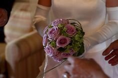 pink and violet roses bouquet with highlight