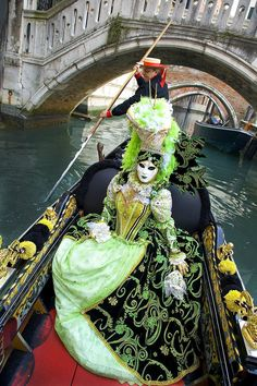 Carnival in Venice - Get your beautiful mask today at… Venetian Costumes, Venice Carnival Costumes, Venetian Carnival Masks, Mardi Gras Carnival, Mardi Gras Costumes, Carnival Of Venice, Venetian Masquerade, Masquerade Ball, Venice Carnivale