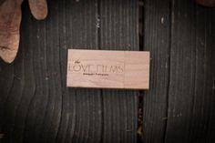 USB WOOD WEDDING - THELOVEFILMS