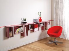 Sideboard aus Kisten - super schick und die perfekte Inszenierung für Deine Lieblings-Magazine und Zeitschriften.