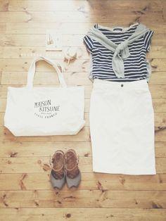アクセサリー/atelier bloom コットンパールちょうちょピアス ちょうちょアンクレット (STORES.jp/ZOZO MARKET) tops/UNITED ARROWS tops/UNIQLO skirt/UNIQLO bag/MAISON KITSUNE shoes/nano・universe watch/OMEGA(antique) Casual Dress Outfits, Office Outfits, Skirt Outfits, Chic Outfits, Summer Outfits, Fashion Outfits, Tokyo Street Style, Retro Fashion, Womens Fashion