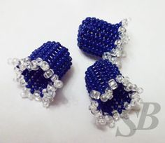 Little beaded bells - great for flowers, caps, ends, and more I'm sure! Seed Bead Crafts, Seed Bead Jewelry, Beaded Jewelry, Beaded Bead, Jewellery, Beading Tutorials, Beading Patterns, Beaded Banners, French Beaded Flowers