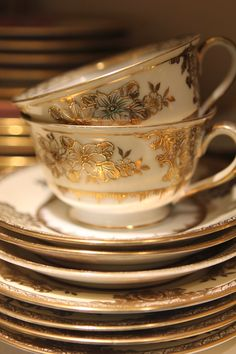 Romancing the Home - Fine China