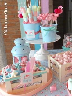 Flamingo Party: la fiesta • Celebra con Ana Birthday Desert, 1st Birthday Party For Girls, 1st Birthday Decorations, Flamingo Birthday, Flamingo Party, Kids Candy Bars, Little Box, Pastel Party, Candy Buffet
