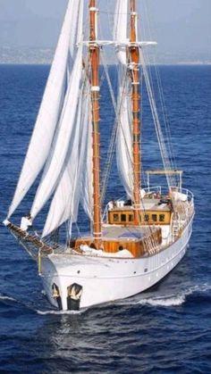 Sailing Cruises, Sailing Yachts, Cruise Italy, Family Boats, Old Sailing Ships, Sailing Boat, Sailing Holidays, Charter Boat, Yacht Boat