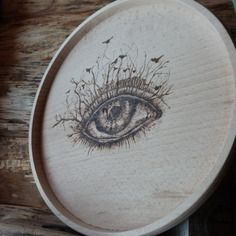Plateau en bois hêtre pyrogravé oeil