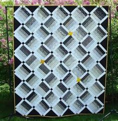 Crisp, Clean, Modern: 6 Beautiful Black and White Quilt Patterns