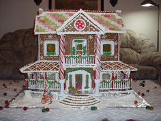 Southern Gingerbread Mansion by Lynne Schuyler. Visit www.gingerbreadexchange.com for free patterns, photos, and more.